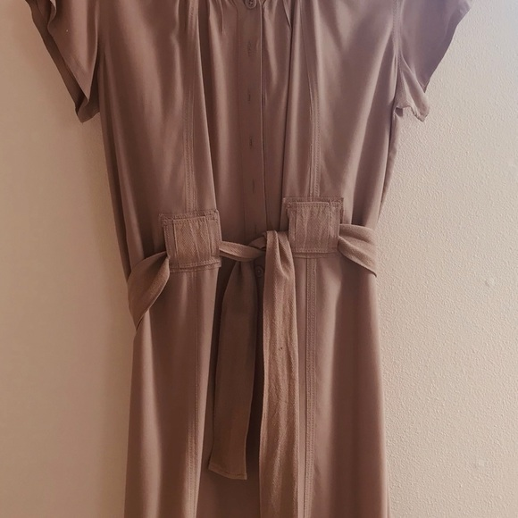 GAP Dresses & Skirts - Beige dress